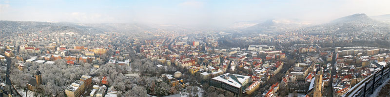 jWinterlicher Panoramablick auf Jena