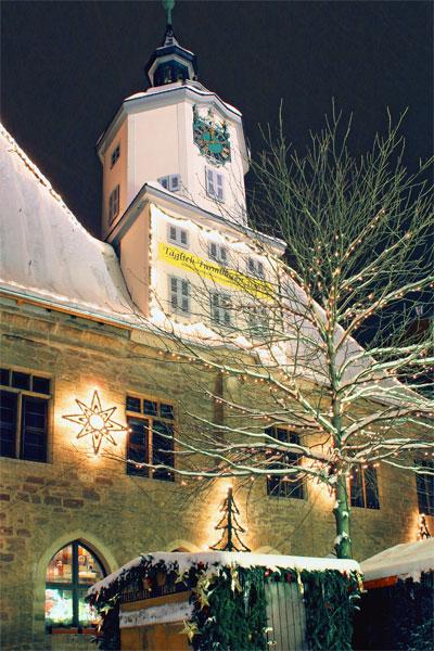 Das Rathaus zur Weihnachtszeit